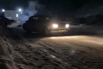 «Хотел подрифтить»: в Кирове 16-летний подросток выкупил «Жигули» за айфон и устроил ночной заезд