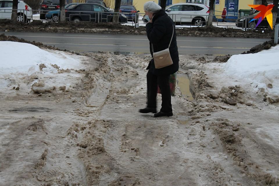 Снег тает, Тверь тонет: Как белая зима сменилась весной с лужами, грязью и гололедицей