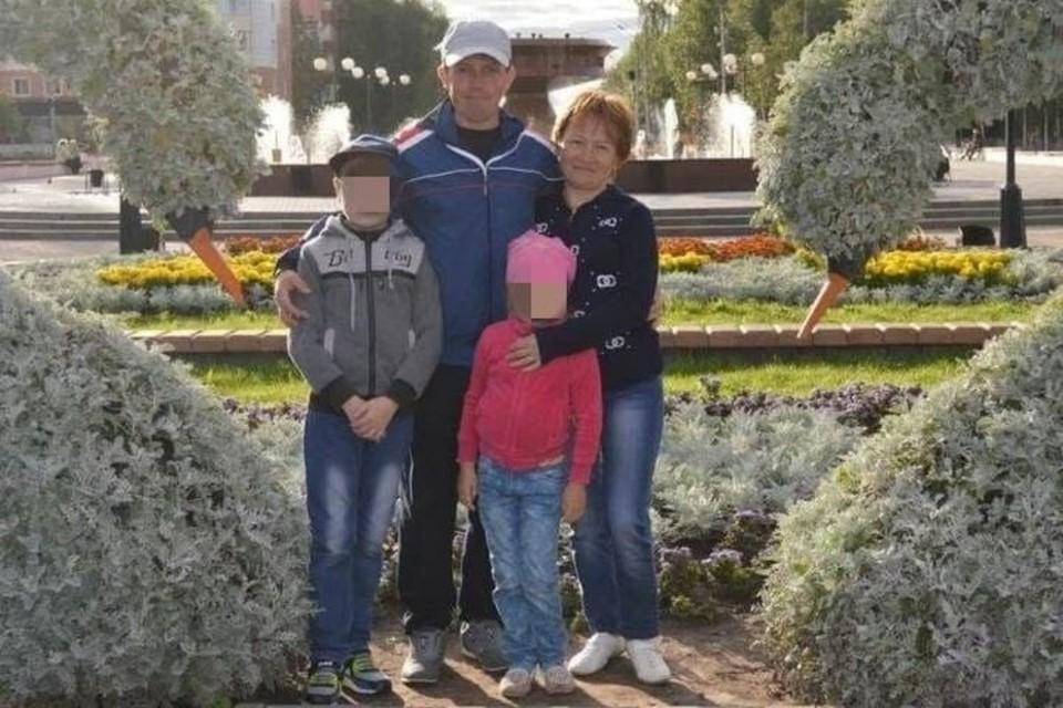 Совсем недавно это была обычная семья. Сейчас троих из них нет в живых, а четвертого разыскивает полиция.
