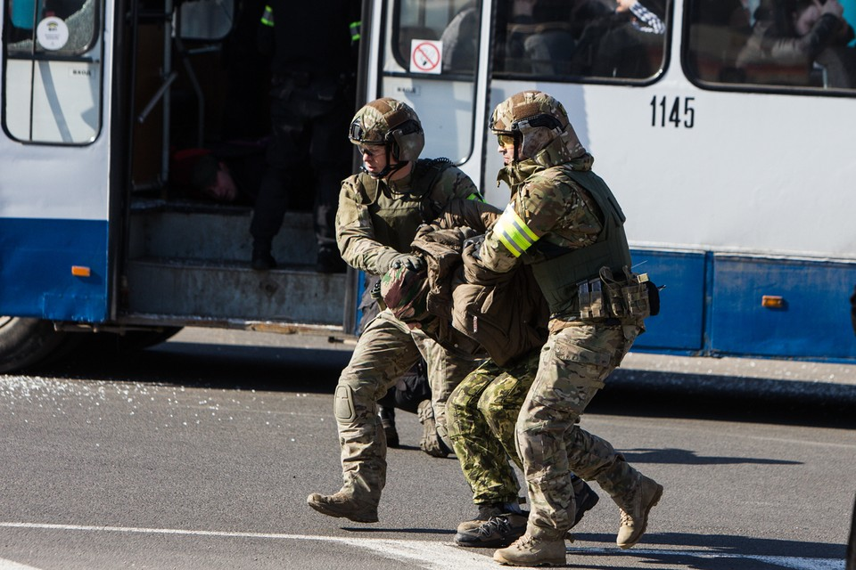 По месту жительства задержанного нашли самодельную бомбу.
