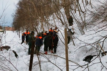 Видео схода лавины на Камчатке 6 марта 2021 опубликовали в МЧС