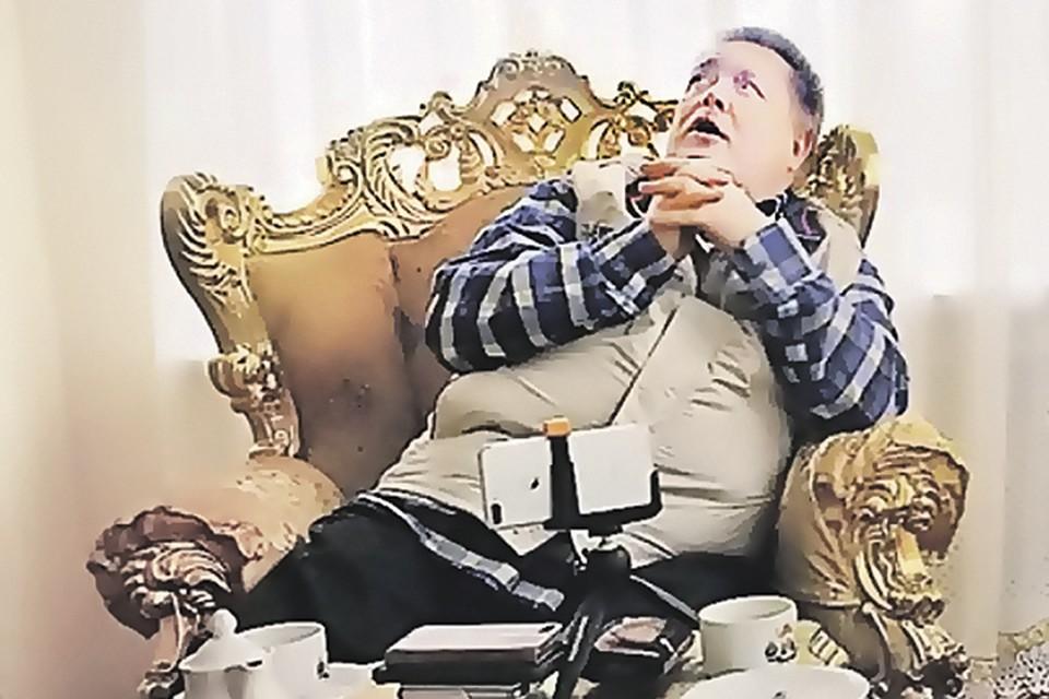 Глава фирмы, производящей «Бингсти», Александр Пригодин: «Ну что вы все пристали к нашему эликсиру?».