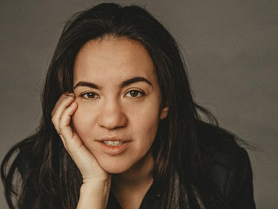 Людмила Сабанина родилась в Самаре, сейчас живет и работает в Москве