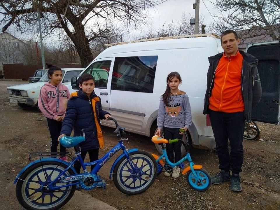 Получить велосипед может ребенок от 1 до 18 лет из малообеспеченной семьи. Фото: из личного архива Андрея Боброва