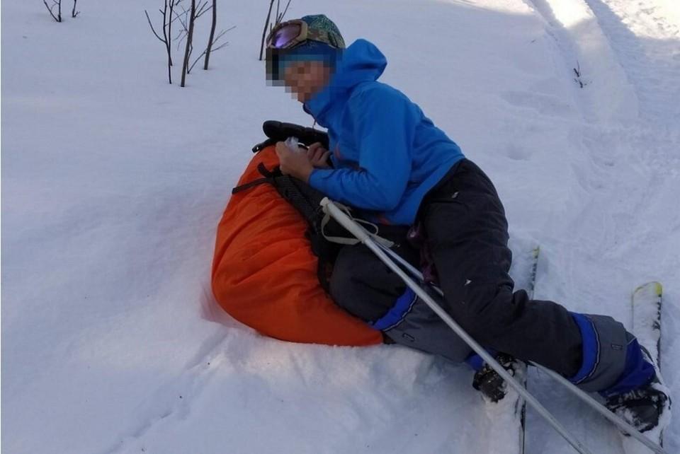 Ребенок под снегом провел больше двух часов