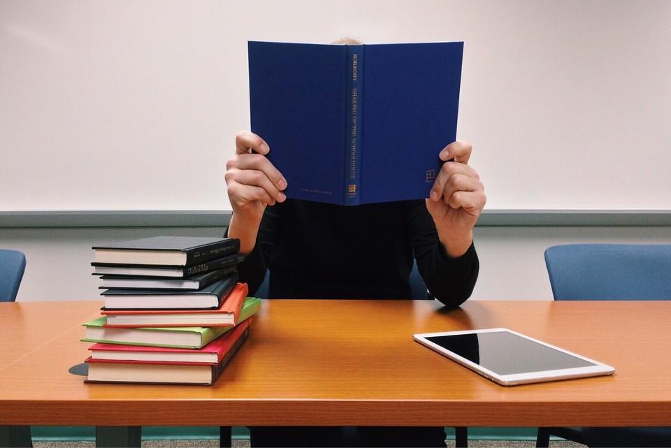 У трех ВУЗов отозвали лицензию и теперь они не имеют права выдавать дипломы о высшем образовании