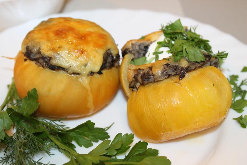 Репа, фаршированная грибами, – очень вкусное и питательное блюдо.