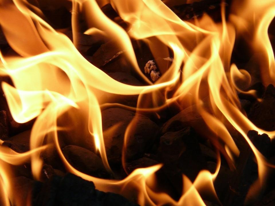 В Трусовском районе Астрахани ночью потушили пожар в исправительной колонии
