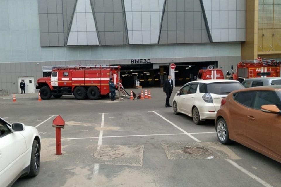 Броско Молл горит в Хабаровске