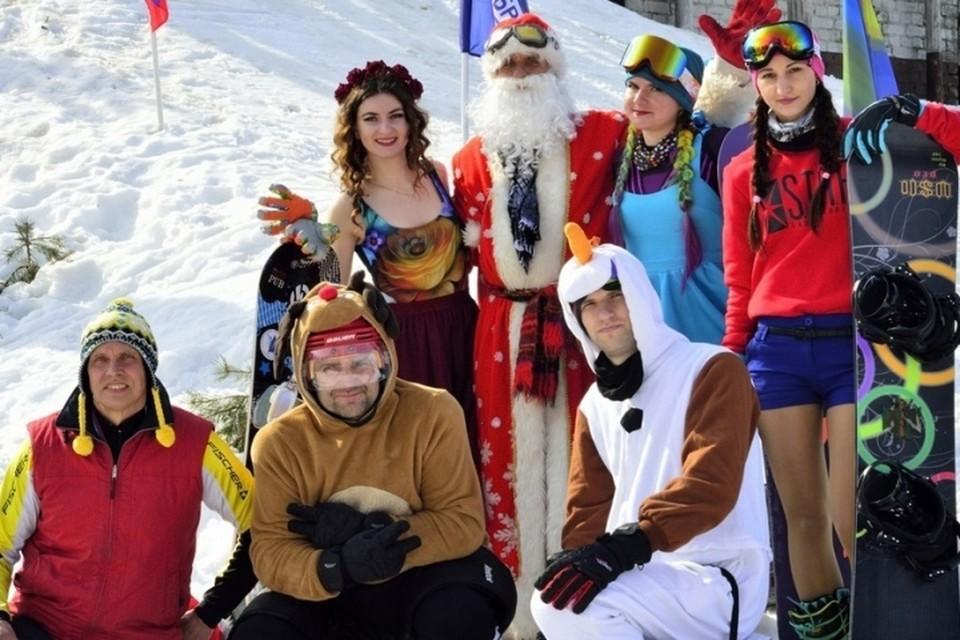 В Брянске в воскресенье, 4 апреля, состоялся спортивно-экстремальный карнавал «Весенняя Куролесица – 2021». Фото: vk.com.