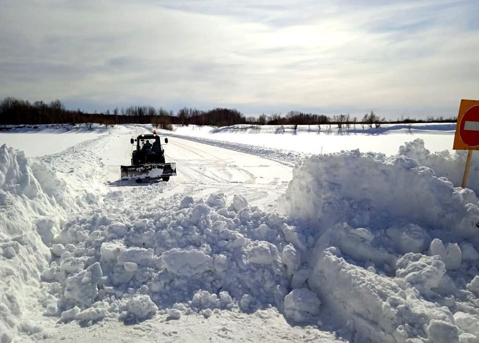 Из-за весеннего тепла ледовые переправы через реки региона становятся опасными. Фото: сайт ГУ МЧС России по Томской области