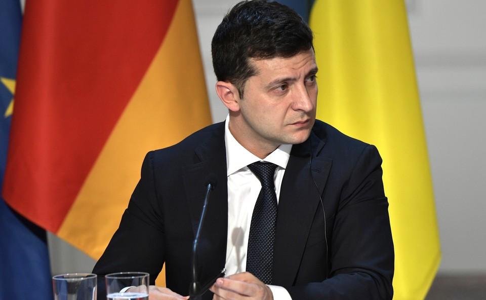 Зеленский заявил, что вступление Украины в НАТО – единственный путь к миру в Донбассе.