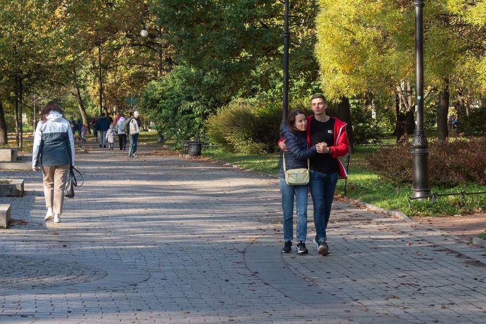 После просушки в четверг открылся доступ в девять петербургских садов и парков
