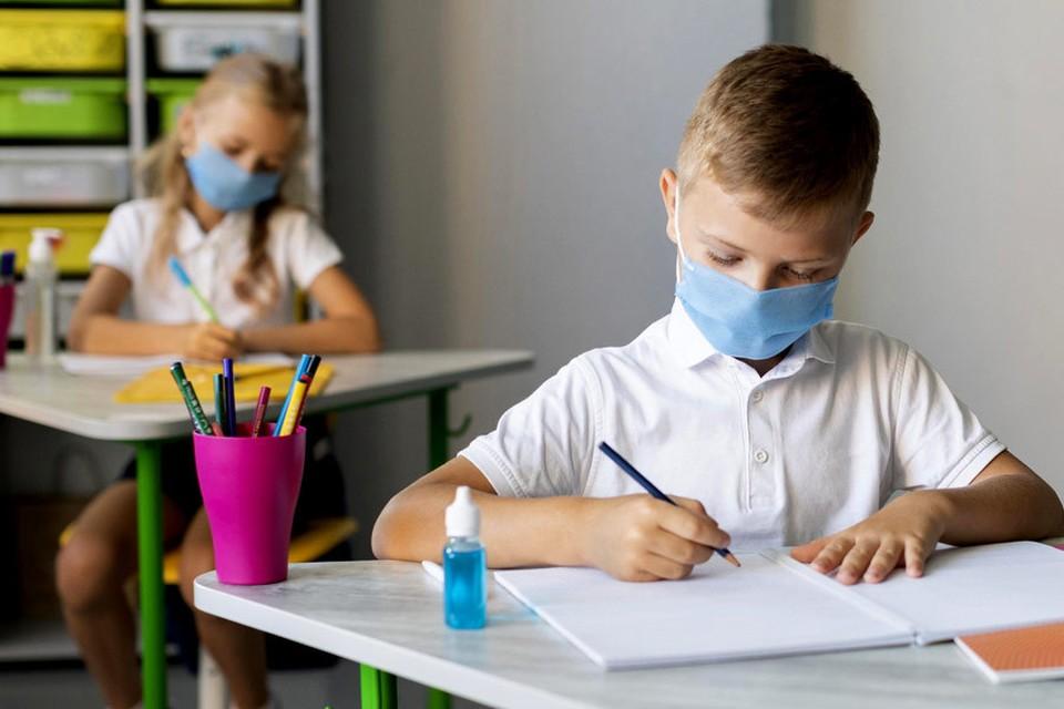 Одним из основных приоритетов примэрии Кишинева на данный момент является вакцинация педагогов, чтобы как можно скорее вернуть детей за парты. Фото:ionceban.md