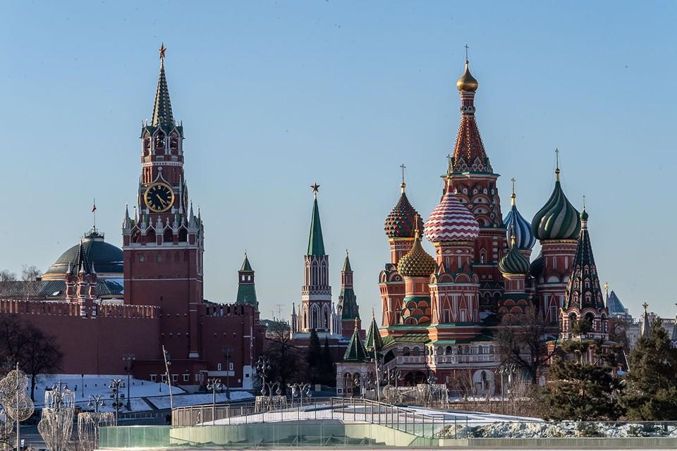 Спустя девять лет Федеральная служба охраны (ФСО) актуализировала правила посещения Кремля.