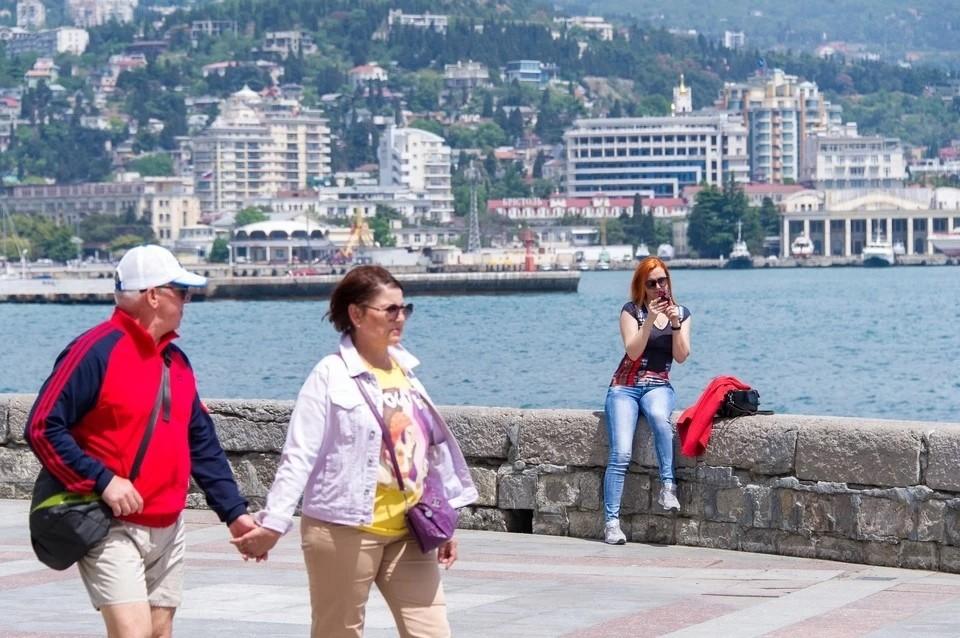 Первый поток туристов приедет в Крым на майские праздники