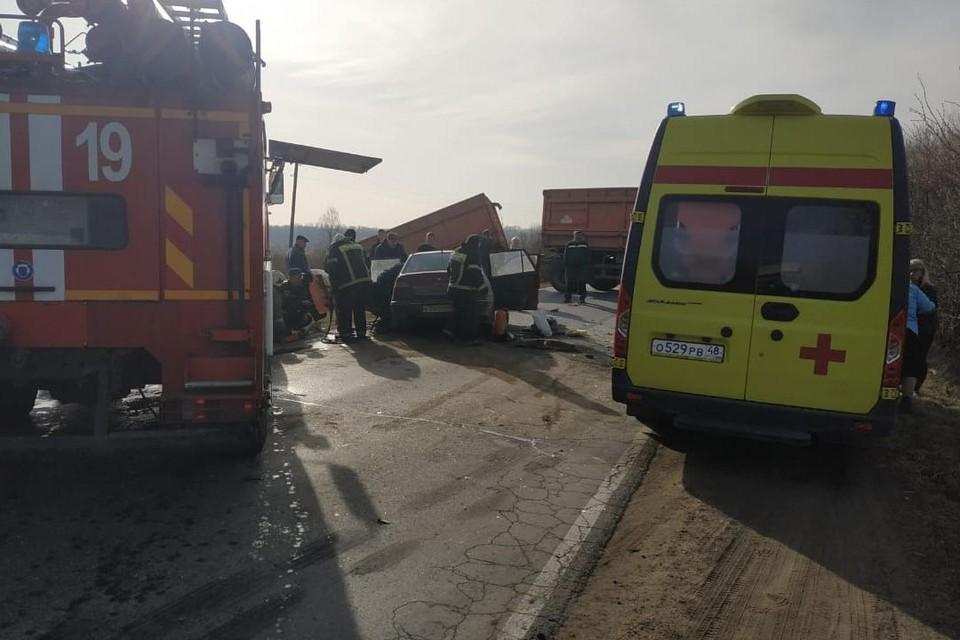 ДТП с КамАЗом в Липецкой области