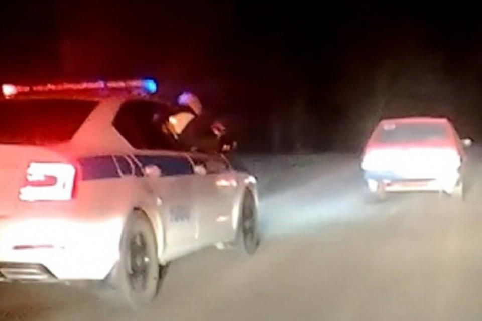 """За красной """"девяткой"""" три патрульных авто гонялись 20 минут. Фото: МВД по РК"""