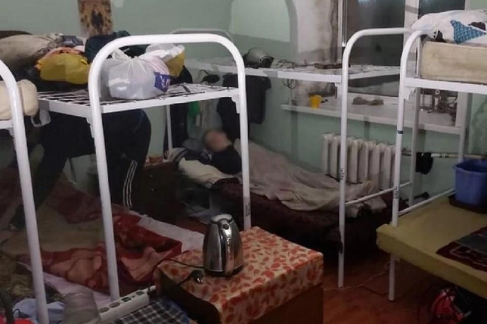 Суд закрыл нелегальный центр для инвалидов в Новосибирске. Фото: ГУ МЧС НСО.