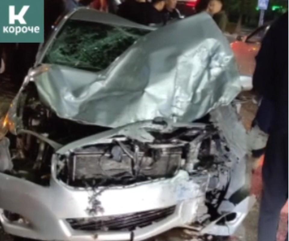 Машины получили серьезные повреждения.