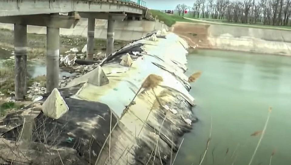 Только аграрный комплекс пострадал от водной блокады на 200 миллиардов рублей.