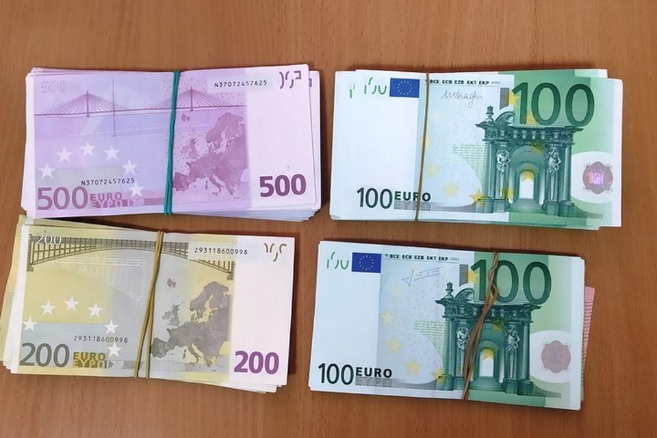 Уголовное дело завели на гражданина Сербии, которого уличили в контрабанде 30620 евро.