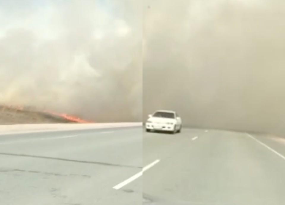 Сплошной дым напугал водителей, но они не останавливались.