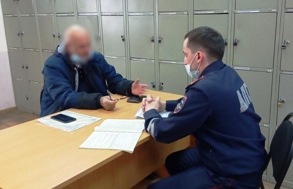 В Красноярске водитель маршрутки устроил скандал с пассажирами. Фото: ГИБДД