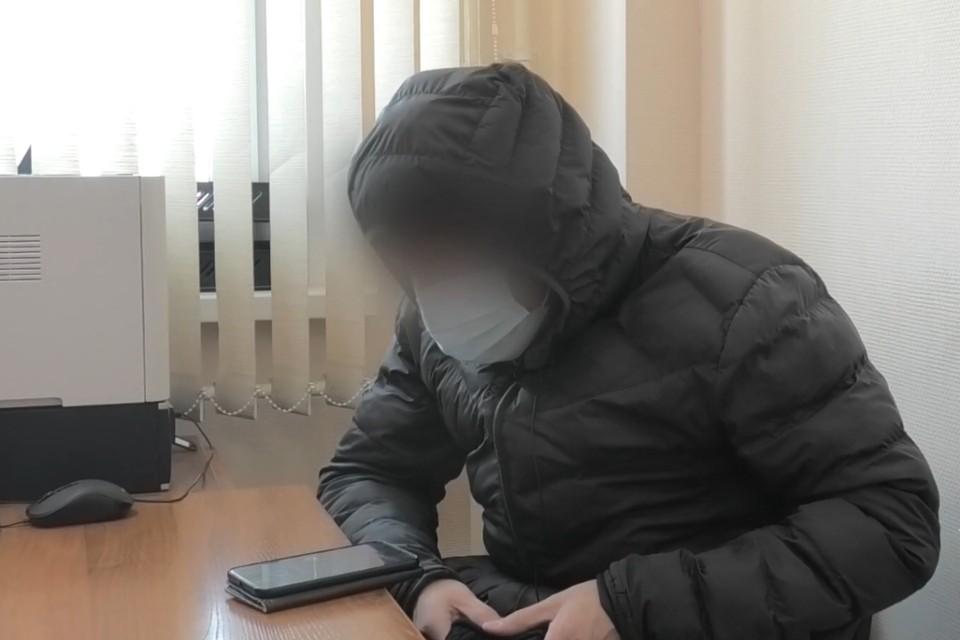 «Развести на деньги за две минуты»: мошенник из Иркутска на примере показал, как обманывал людей