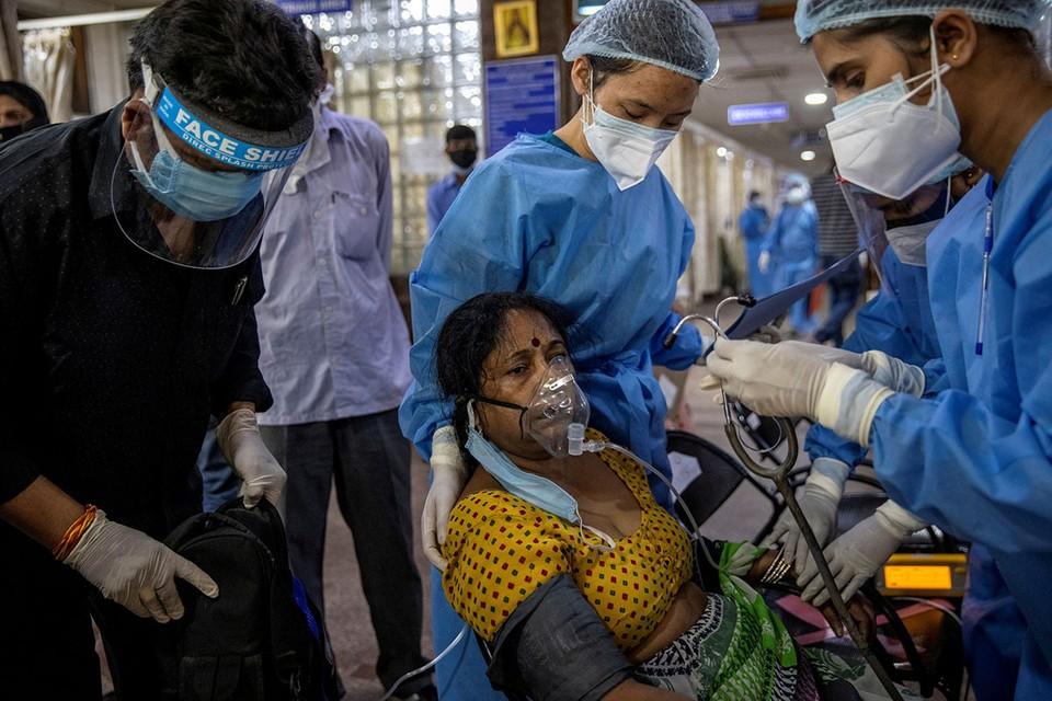 В Индии, где живет более 1,3 млрд человек, или 1/6 населения Земли, сейчас гуманитарная катастрофа.