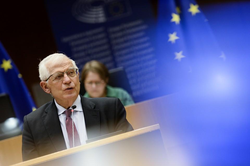 Глава европейской дипломатии Жозеп Боррель признался, что реализовать предлагаемые инициативы на практике - как минимум затруднительно, а то и вообще невозможно.