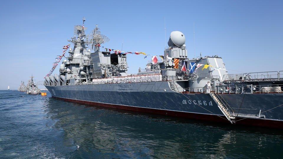Крейсер «Москва» впервые испытал противокорабельную ракету «Вулкан». Фото: Сергей Мальгавко / ТАСС