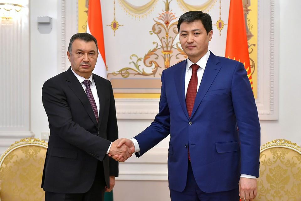 Встреча премьер-министра Киргизии Марипова и премьер-министра Таджикистана Расулзоды. Фото: Пресс-служба премьер-министра Киргизии/ТАСС