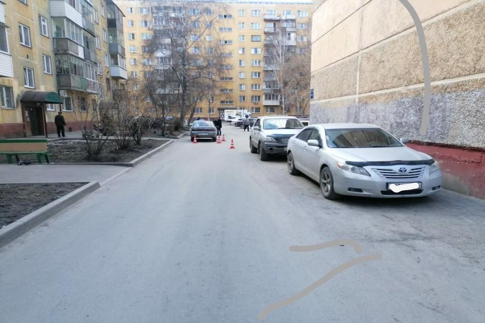 В Новосибирске, днем 30 апреля, водитель «Лады» сбил 8-летнего мальчика. Фото: Госавтоинспекция по Новосибирску