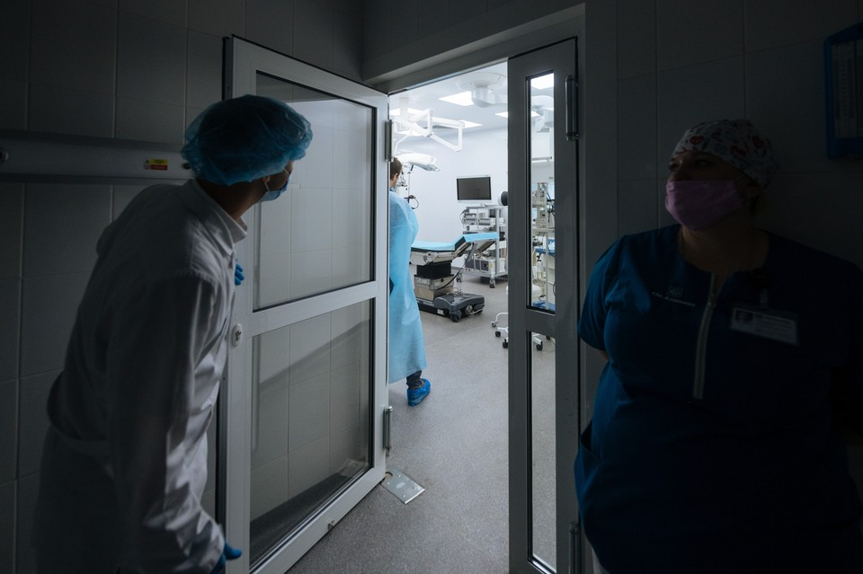 Сердечно-сосудистые заболевания увеличивали вероятность смерти пациентов с COVID-19.