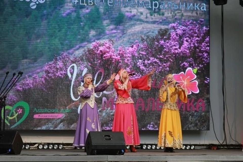 Участниками стали сотни местных жителей региона, а также гости из регионов Сибири