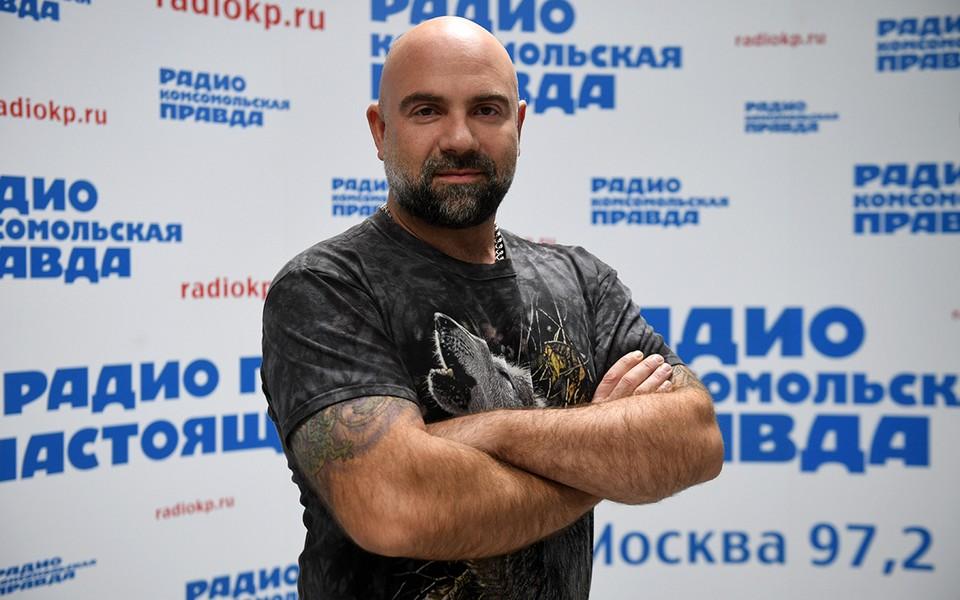 Телеведущий Тимофей Баженов