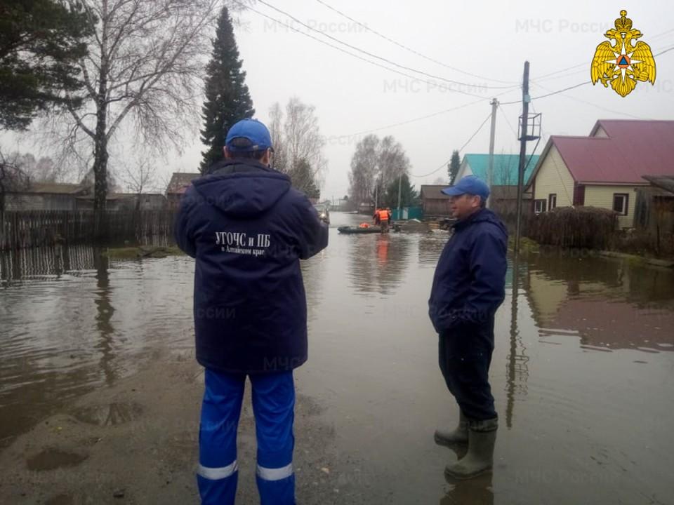 В трёх населенных пунктах Алтайского края наблюдаются подтопления