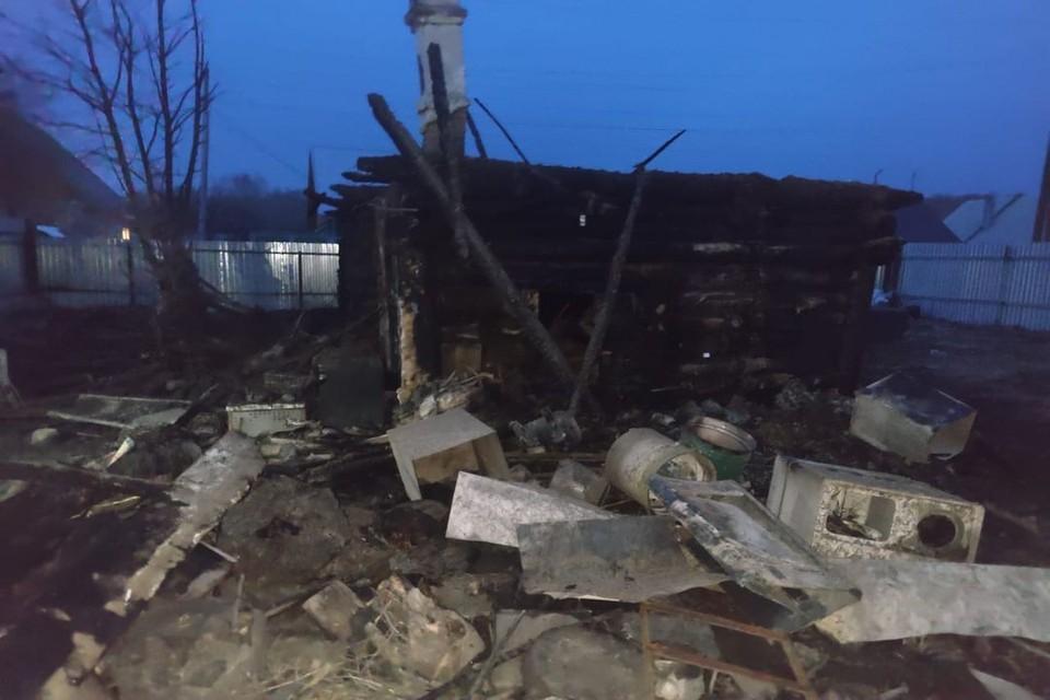 9-летний мальчик, которого спас сосед из горящего дома в Новосибирской области, скончался в больнице. Фото: СУ СКР по НСО