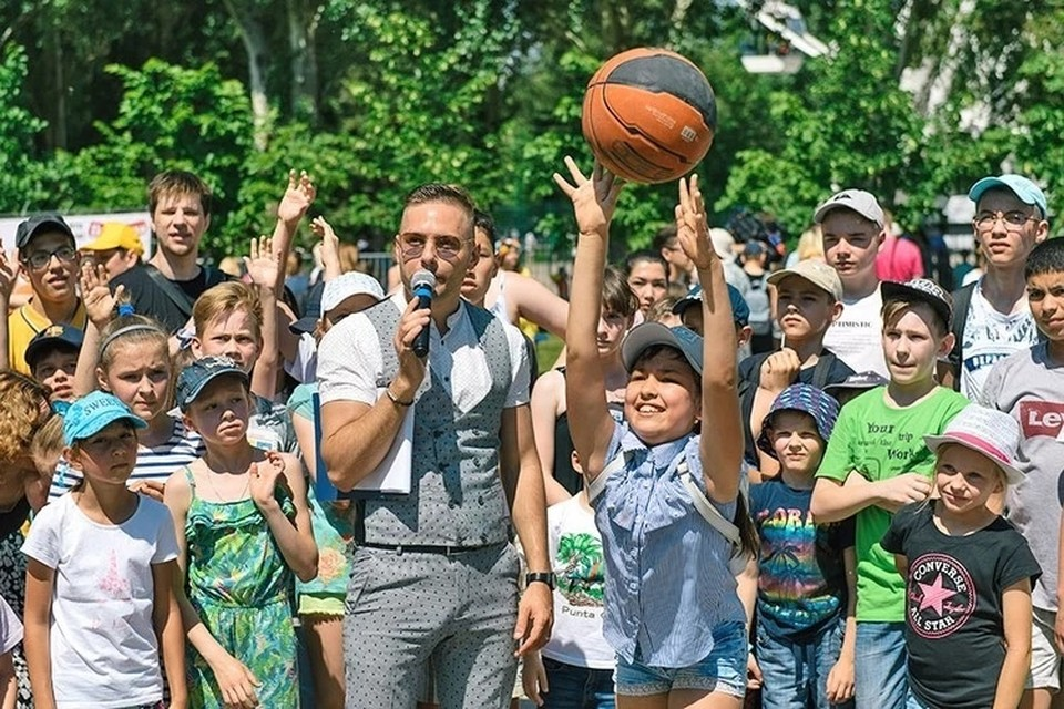 По доброй традиции 1 июня в парке имени Юрия Гагарина состоится грандиозный веселый семейный праздник, посвященный Дню защиты детей и Дню молока.