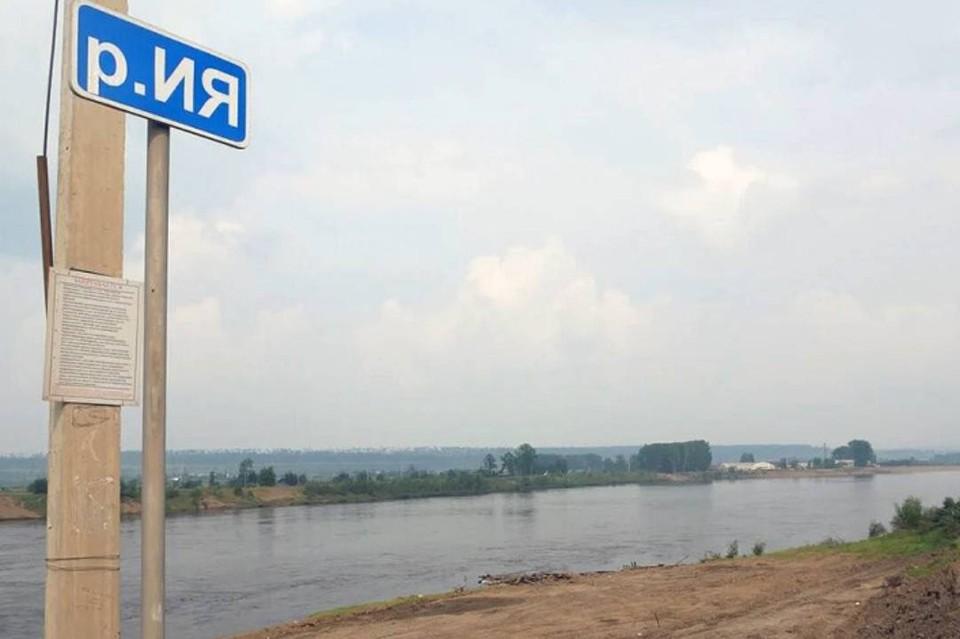 В Тулуне уровень воды в реке Ия подбирается к критической отметке