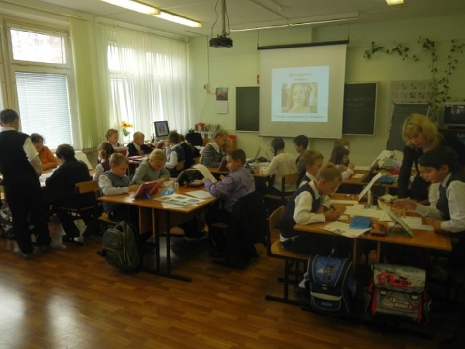 Еще в 8 школах Смоленска модернизируют освещение. Фото: Андрей Моисеенко.