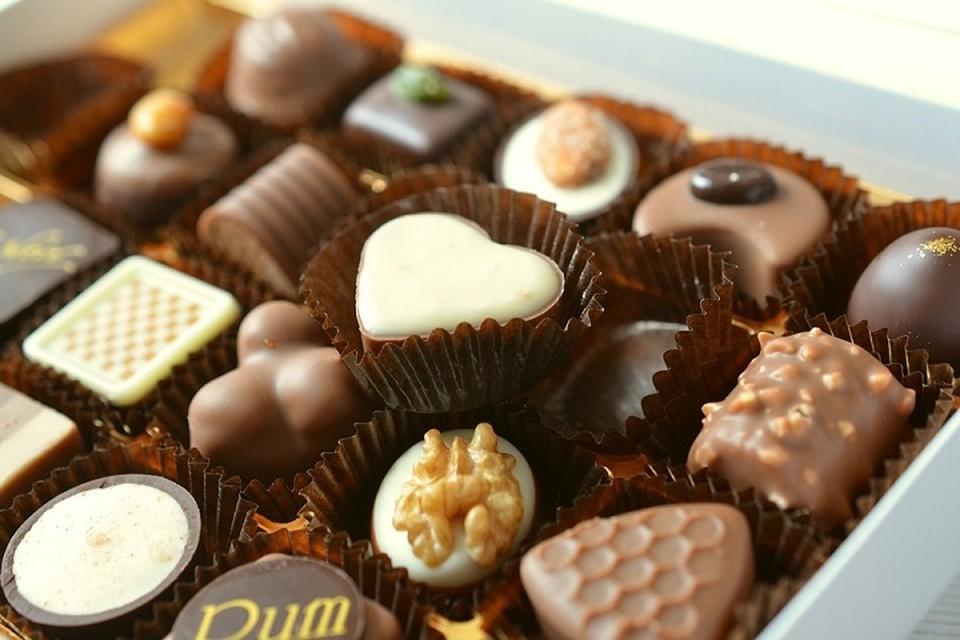 Под ограничения попадут разные товары от украинских кондитерских изделий и шоколада до плит ДСП, ДВП и кирпича. Фото: pixabay.com.