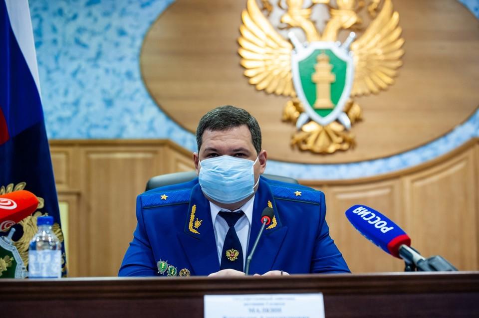 Итоги проверки Владислав Малкин обещал озвучить позднее. Фото: Вячеслав КОВАЛЕНКО