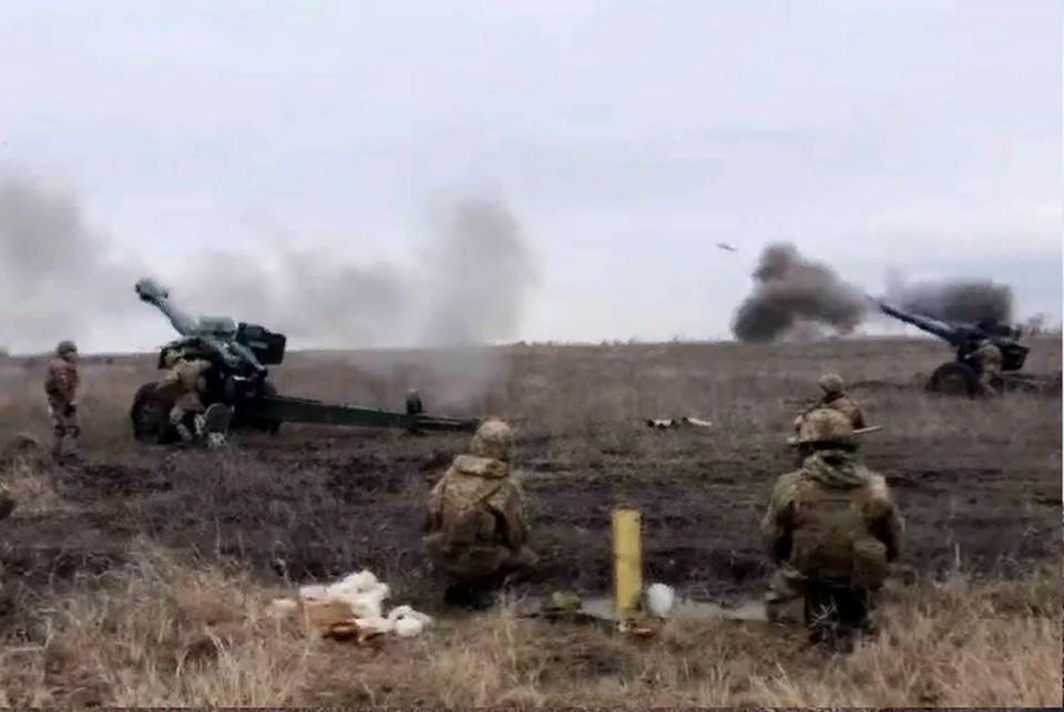Противник продолжает обстреливать жилые массивы Донбасса. Фото: штаб «ООС»