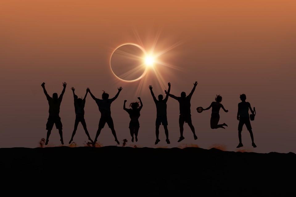Так выглядит кольцеобразное солнечное затмение.
