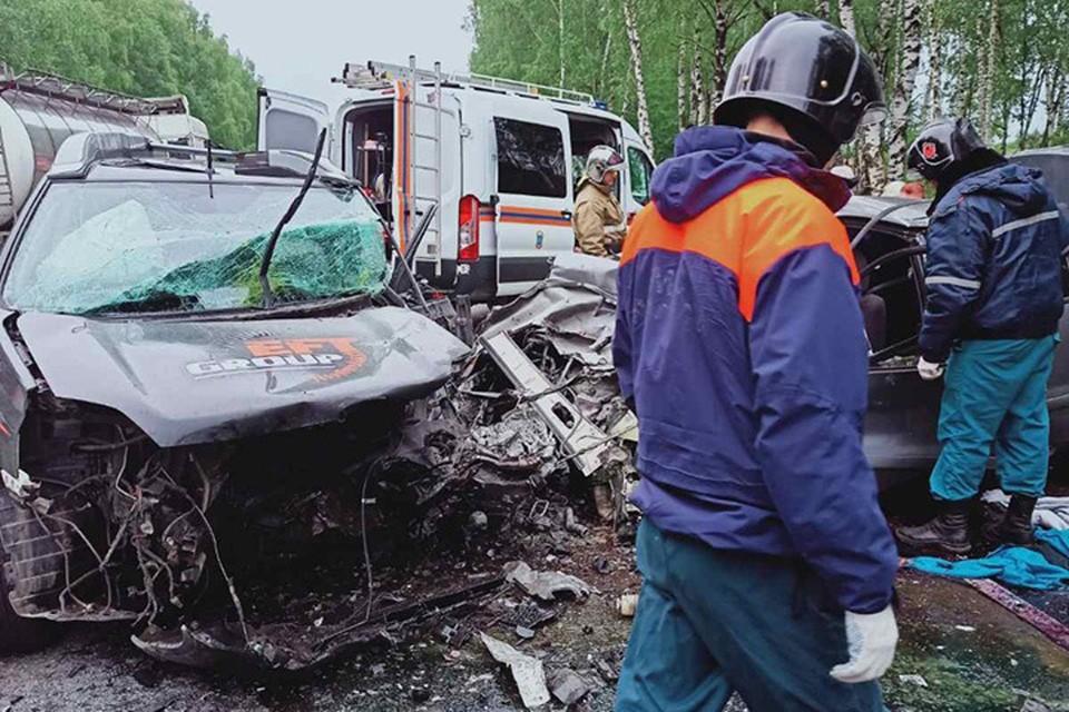 В ДТП на кировской трассе погибли четыре человека.