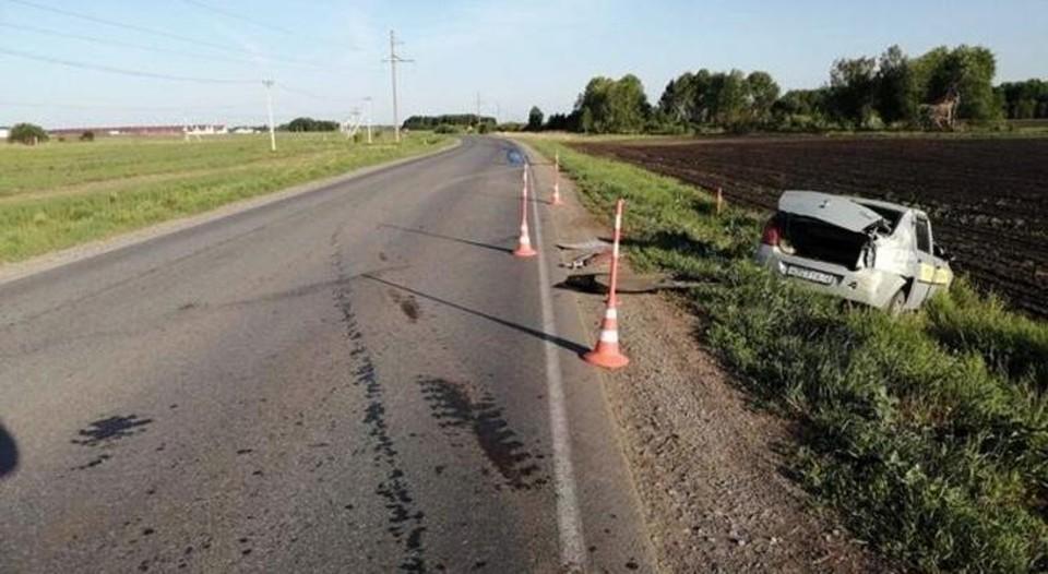 Под Ялуторовском погиб непристегнутый водитель, улетевший в кювет на авто.