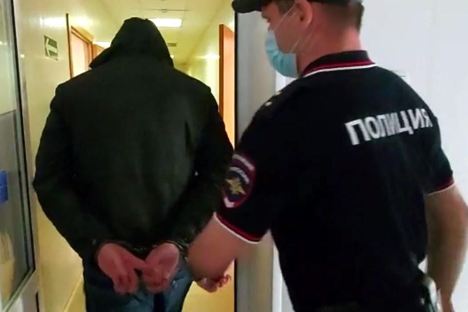 Полицейский будет под арестом до конца июля. Фото: стоп-кадр.