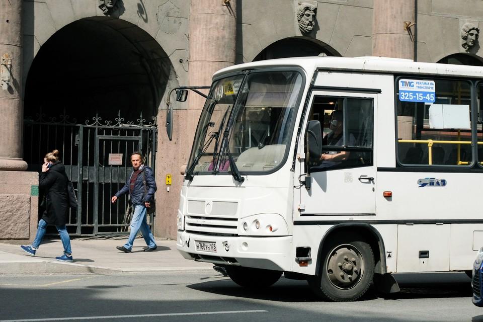 Большая часть маршруток уйдет с улиц Петербурга в ходе реформы.